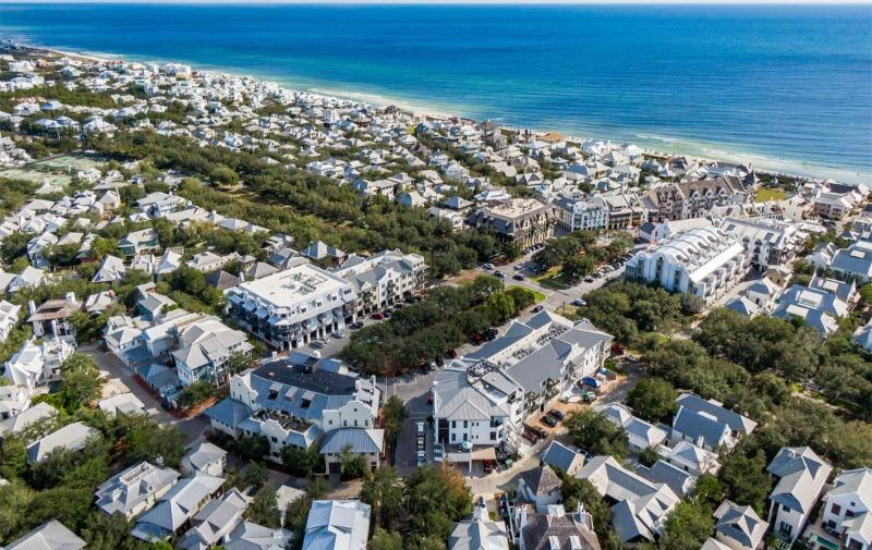 Rosemary Beach north Barrett Square Aerial view